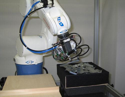 三次元メディア ロボットアーム